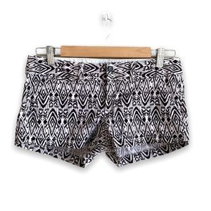 American Eagle Black and White Patterned Shorts